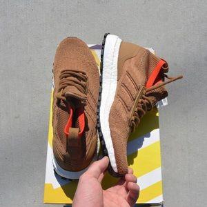 Mens Adidas UltraBOOST , Brand New Size 8